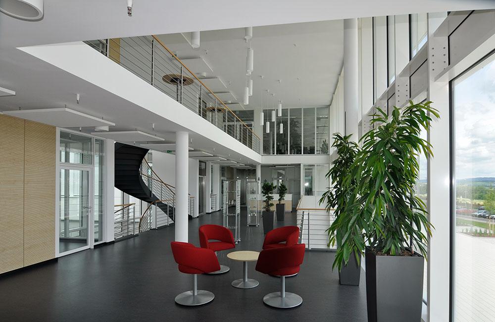 Industriebau München - Müller Präzision Eingangshalle - Architekturbüro Spengler